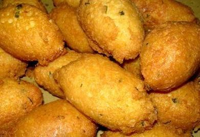 Polpette di formaggi e pane