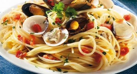 Spaghetti cozze e vongole*