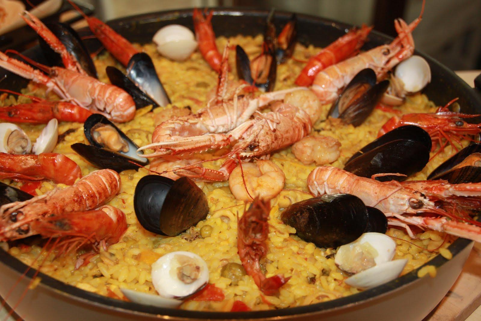 Paella ai frutti di mare*